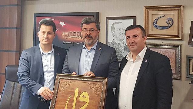 Çalışkan, Afyon Milletvekili Özkaya'yı TBMM'de Ziyaret Etti