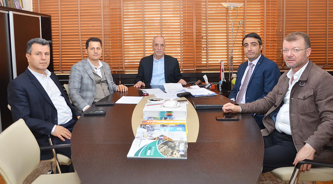 Genel Başkan Çalışkan, TÜRK-İŞ Genel Başkanı Atalay'ı ziyaret etti