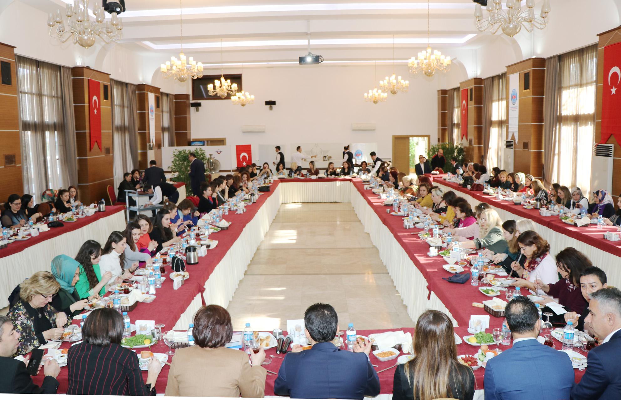 Genel Merkez Kadın Komisyonundan 8 Mart Kutlama Programı