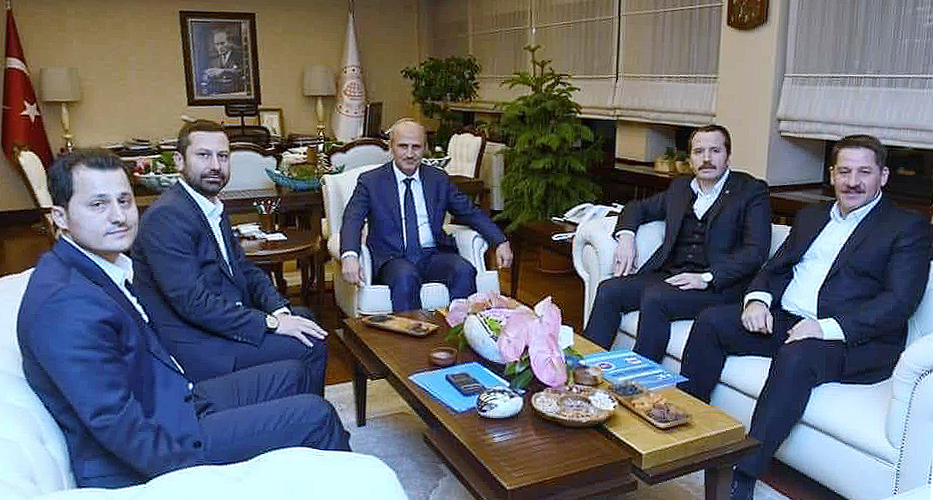 Genel Başkan Çalışkan, Ulaştırma Bakanı Cahit Turhan'ı ziyaret etti