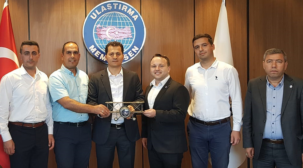 Adana 1 No'lu Şube'den Genel Başkan Çalışkan'a tebrik ziyareti