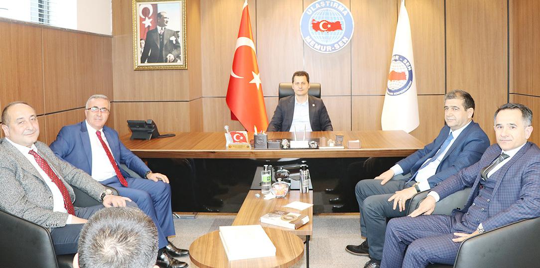 TCDD Taşımacılık A.Ş. Bölge Müdürü İlhan Çetin'den Çalışkan'a Tebrik Ziyareti