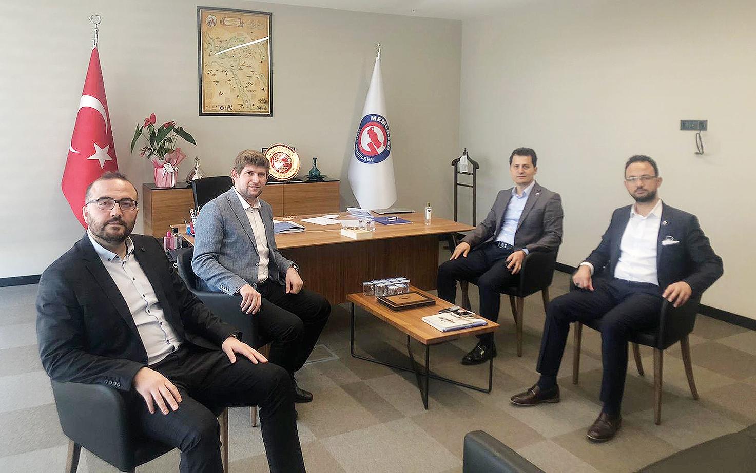Genel Başkan Çalışkan'dan Genç Memur-Sen'e tebrik ziyareti