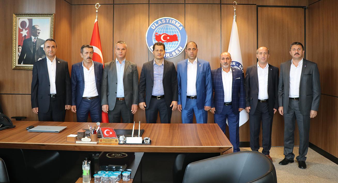 İzmir 1 No'lu Şube'den Genel Merkez'e ziyaret