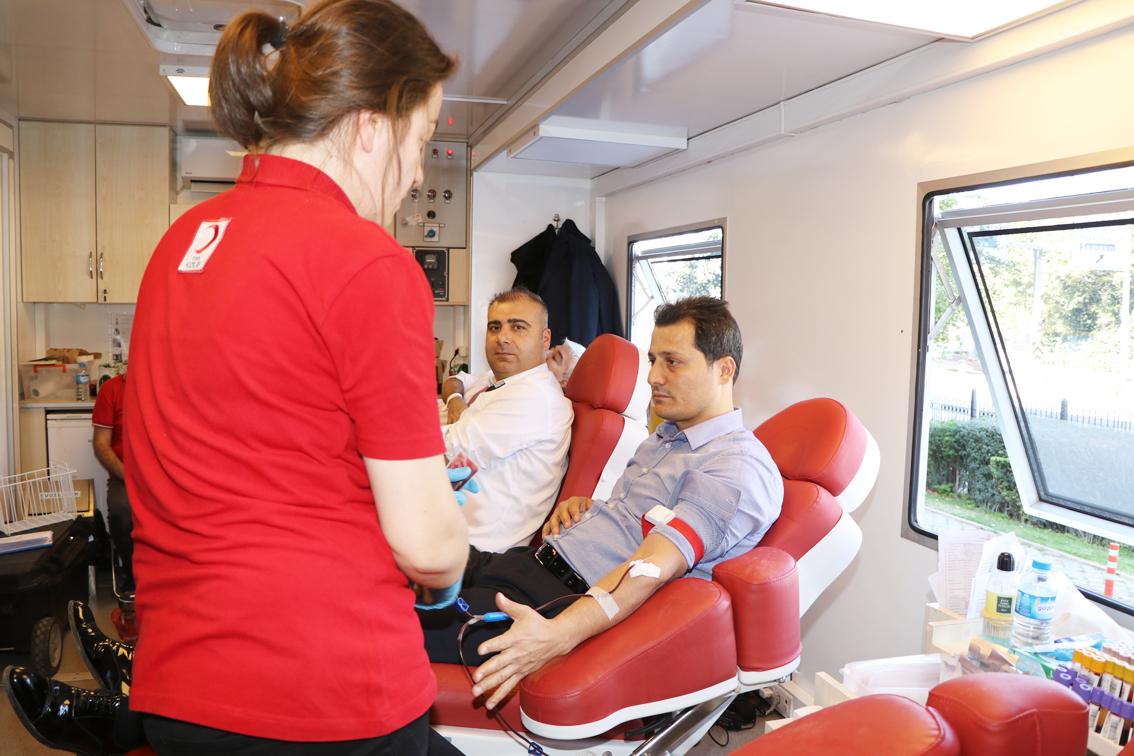 Genel Başkan Çalışkan, Kan Bağışında Bulundu