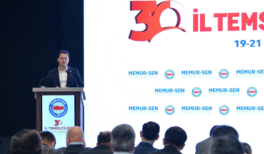 Genel Başkan Çalışkan Memur-Sen 30. İl Temsilcileri Toplantısına katıldı